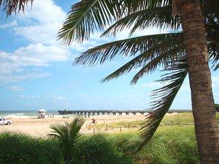 Waterfront House - Views - Central - Beach 7 min