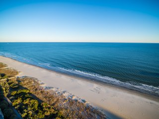 Vacation in Style! Luxury Oceanfront 3BR/3BA. Fully Renovated. Stunning!