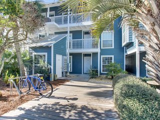 Charming, waterfront getaway w/ shared pool & hot tub - walk to the beach!