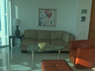 2 Bedroom Condo at one of the best buildings in Bocagrande Cartagena