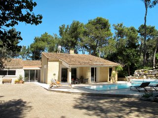 3 bedroom Villa in Cavaillon, Provence-Alpes-Côte d'Azur, France : ref 5443432