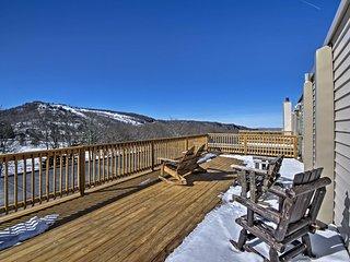 Beech Mountain Resort Condo - 5 Mins to Skiing!