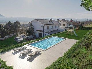 4 bedroom Villa in Pulgarija Čepić, Istria, Croatia : ref 5503321