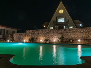 Arowana Hills - Best rated luxurious holiday Villa