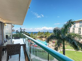Amazing Ocean Views from INSIDE - Wrap Around Lanai!!  Honua Kai Hokulani 409
