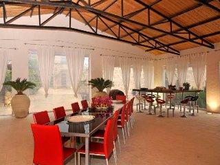 14 bedroom Villa in Marina di Ragusa, Sicily, Italy : ref 5218412