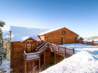 Located on Baldy Mountain-SunBreck has unbeatable views of the Ten Mile Range