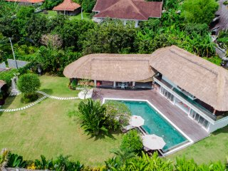 SURF & FAMILY FRIENDLY - VILLA KAMI 4BR