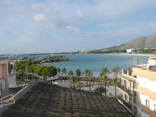 Nice apartment close to the beach and harbour, with internet and aircon
