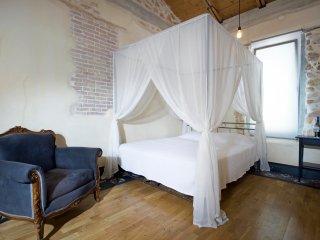 Seaside Luxury Studio with veranda