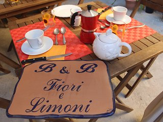 Bed & Breakfast Fiori e Limoni - camera Sole