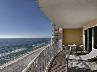 Oceanfront 2BR Panama City Beach Condo w/ Balcony!