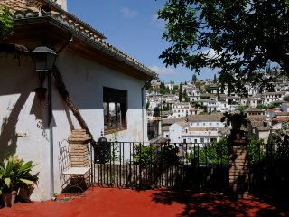 7 days yoga retreat at the feet of the Alhambra in Granada, Spain/Bedroom #5