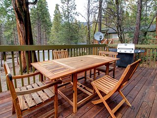 Deck with gas fireplace