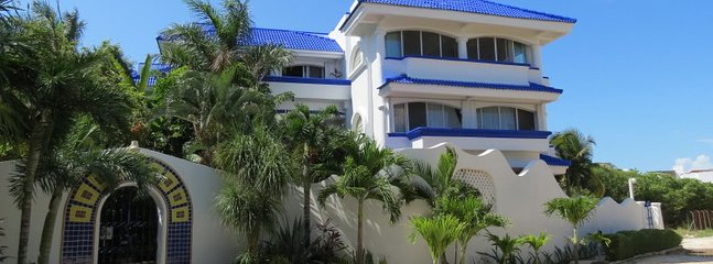 Fabulous 3 bedroom/3 bathroom, privately owned condo, just steps from the beach!
