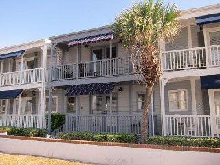 Oceanfront Townhouse  3 bedroom / 2 1/2 bath  with Ocean View & Pet Friendly