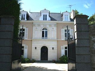 Grande maison Ker Maria a Parame  - 7 chambres 4 SDB - jardin clos