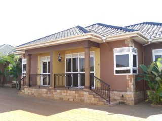 Affordable  Full house Furnished  in Kampala with # FREE AIRPORT SERVICE