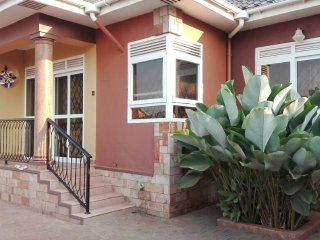 Cosy Affordable  2 bedroom furnished full house  in Kampala City