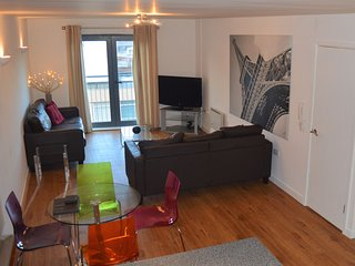 Two Bedroom Cathedral Quarter Apartment, Sheffield