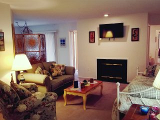 Private, upscale NJ condo minutes away from NYC, EWR & St. Barnabas Hospital