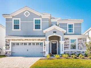 1520MB  Amazing Champions Gate 8 Bedroom 5 Bath