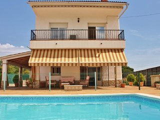 Pet friendly holiday home with free wifi and fenced  pool in Fogars de la Selva,