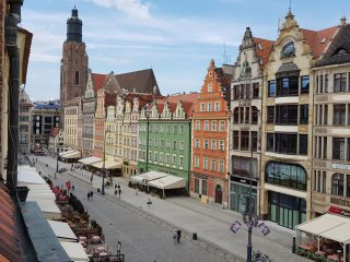 Apartment deLux on the main square of Wroclaw. The heart of Wroclaw