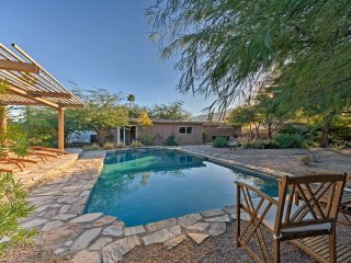 Palm Springs Home w/Private Outdoor Oasis!