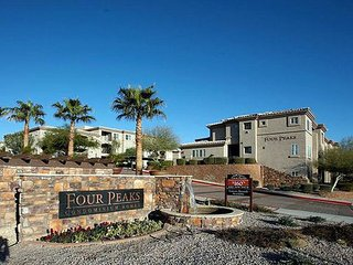 Cozy 1Bdrm/1Bath Townhome W/ Panoramic Mountain Views - Pool And Spa