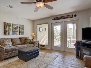 Guadalupe River Roost*- 3BDR/2BTH- ON THE GUADALUPE RIVER!