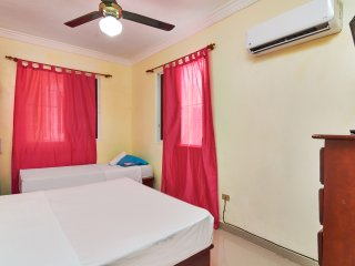 Spotless One Bedroom Apartment-Free Premium Wi-Fi