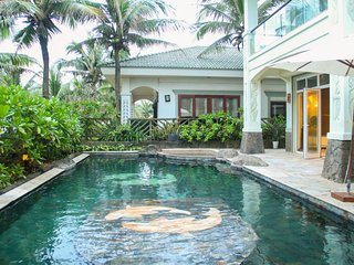Chou's Villa, 3Bedrooms, Private Pool, Beach Front
