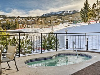 Ski-In/Ski-Out Snowmass Village Condo w/Mtn Views!
