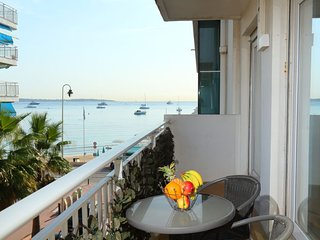 2 bedroom Apartment in Cannes, Provence-Alpes-Cote d'Azur, France : ref 5424975