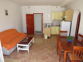 Two bedroom apartment Stanići, Omiš (A-12158-b)