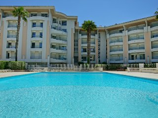 1 bedroom Apartment in Frejus-Plage, Provence-Alpes-Cote d'Azur, France : ref 50
