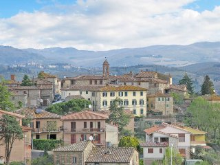 2 bedroom Apartment in Corsignano, Tuscany, Italy : ref 5447587