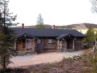 Ruka Holiday Home Sleeps 8 - 5045097