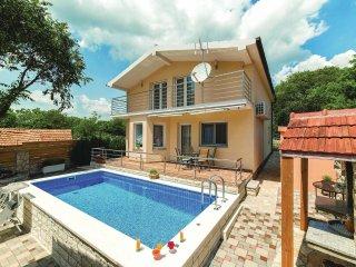 3 bedroom Villa in Primorski Dolac, Splitsko-Dalmatinska Zupanija, Croatia : ref