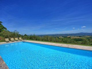 3 bedroom Villa in Piazze, Tuscany, Italy : ref 5240964