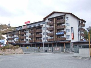 Ruka Holiday Home Sleeps 6 with WiFi - 5037112