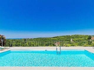3 bedroom Villa in Momjan, Istarska Zupanija, Croatia : ref 5035185