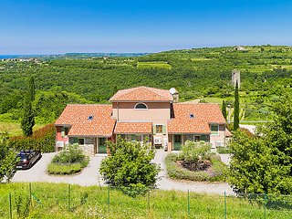 4 bedroom Villa in Momjan, Istarska Zupanija, Croatia : ref 5036516