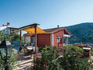5 bedroom Villa in Vinisce, Splitsko-Dalmatinska Zupanija, Croatia : ref 5562802