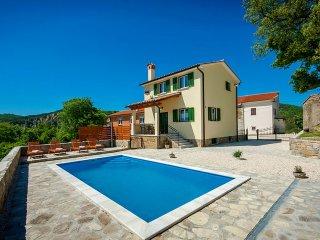 2 bedroom Villa in Pićan, Istarska Županija, Croatia : ref 5426399
