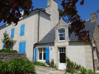 2 bedroom Villa in Saint-Lunaire, Brittany, France : ref 5394093