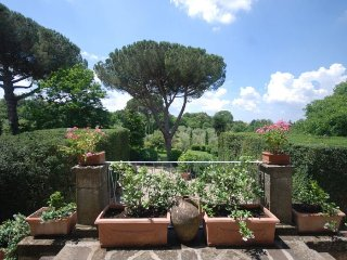 6 bedroom Villa in Viterbo, Latium, Italy : ref 5218284