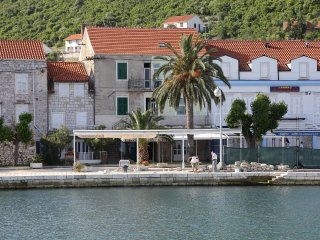 Two bedroom apartment Trpanj, Peljesac (A-10107-b)