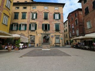 3 bedroom Apartment in Lucca, Tuscany, Italy : ref 5055122